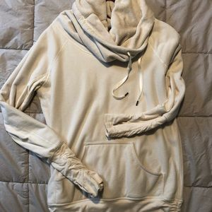 Lululemon size 4 Don't Hurry be Happy Pullover